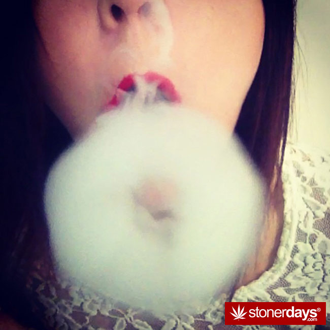 420-babes-stoners-blazed-lifteddladies-(63)