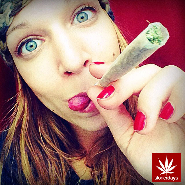 Marijuana-sexy-stoner-stonerdays-dope_girls_fun-(7)