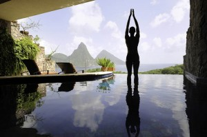 jade-mountain-st-lucia-infinity-pool-every-room-22