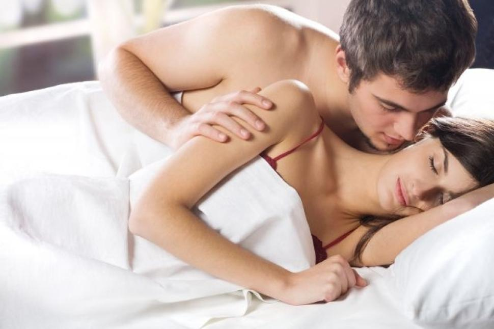 afp-shutterstock-couple-bed