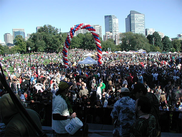 rally-cannabis-massachusetts-stonerdays
