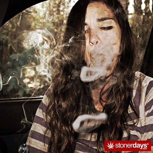 420-babe-stoned-blazed-Chelsoy--(34)