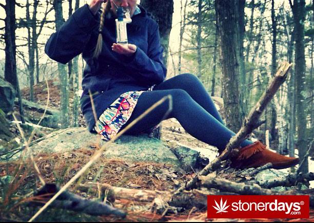 420-girl-stoned-balzed-stoner-errlgirl420-(33)