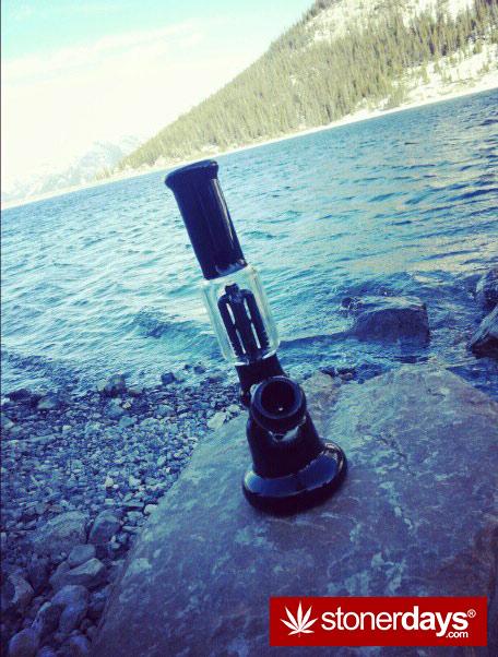 Stoner-marijuana-sexy-bongs-baakedblondie-(12)