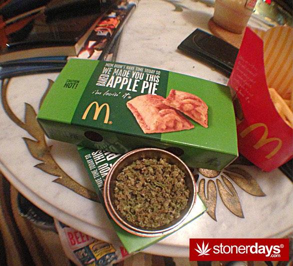 munchies-stoners-marijuana-littlemissstank-(2)