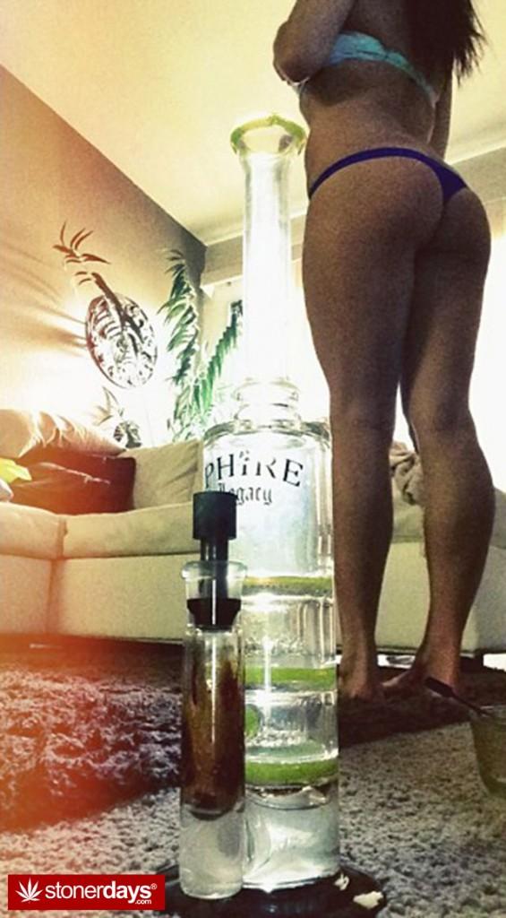 sexy-stoner-marijuana-pictures (516)