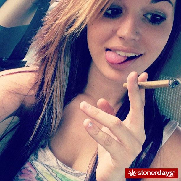 stoner-bong-marijuana-420-_idonotsmokeweedtoo-(16)