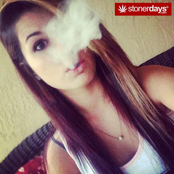 stoner-bong-marijuana-420-_idonotsmokeweedtoo-(26)