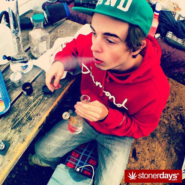 stoner-weed-kush-marijuana-comoxstone-(24)