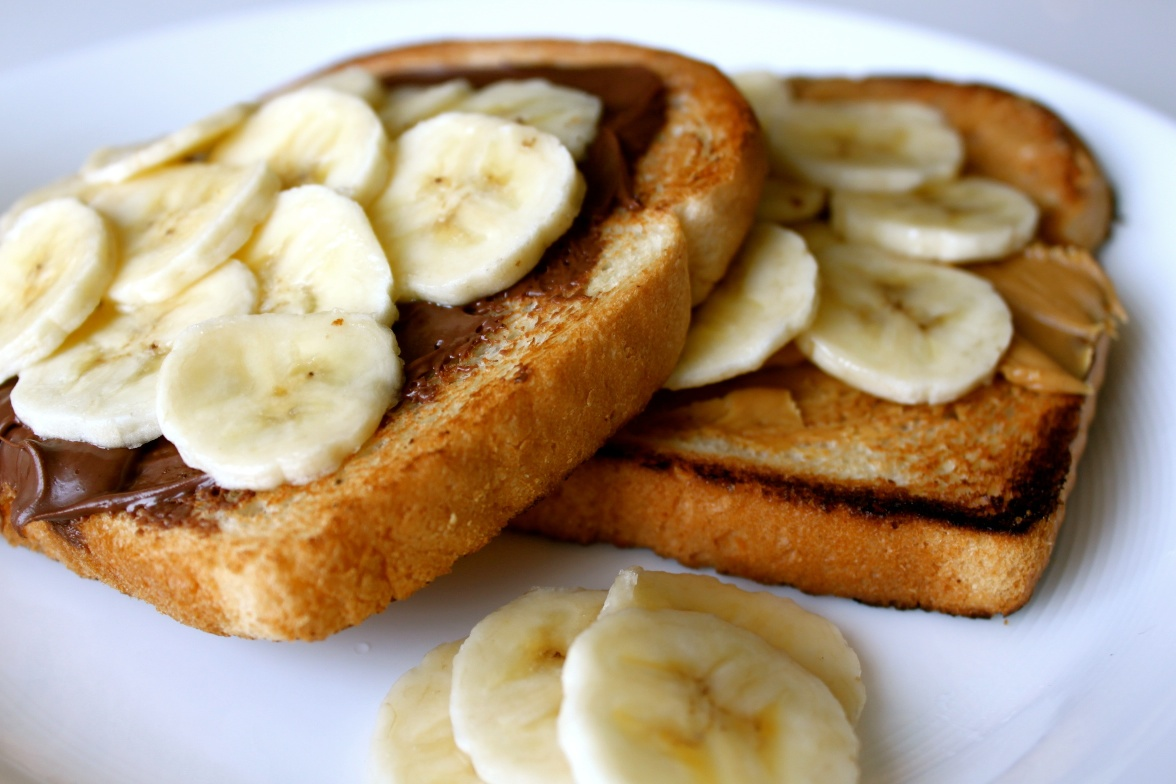 Banana-nutella-and-peanut-butter-toast2