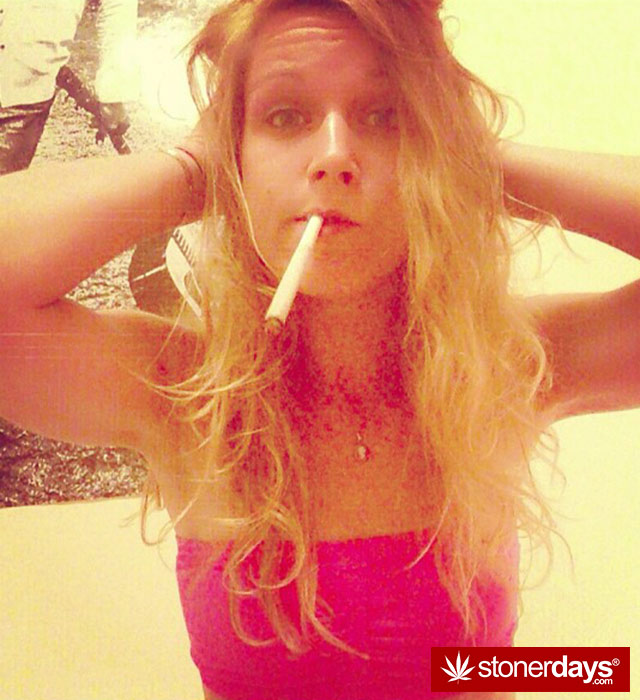 get-high-stoner-weed-sexy--(13)