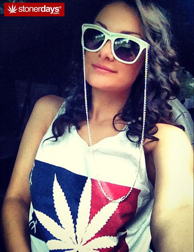 sexy-stoner-marijuana-pictures (266)