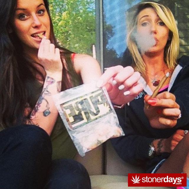 sexy-stoner-marijuana-pictures (445)