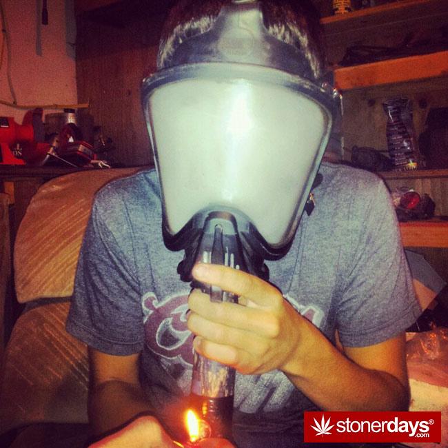 Stoner-weed-bong-marijuana (18)