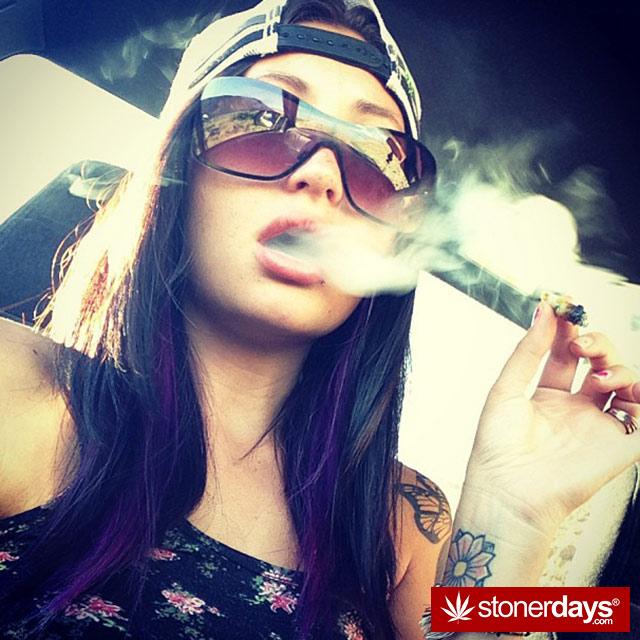stoner-weed-marijuana-calichick_420-(4)