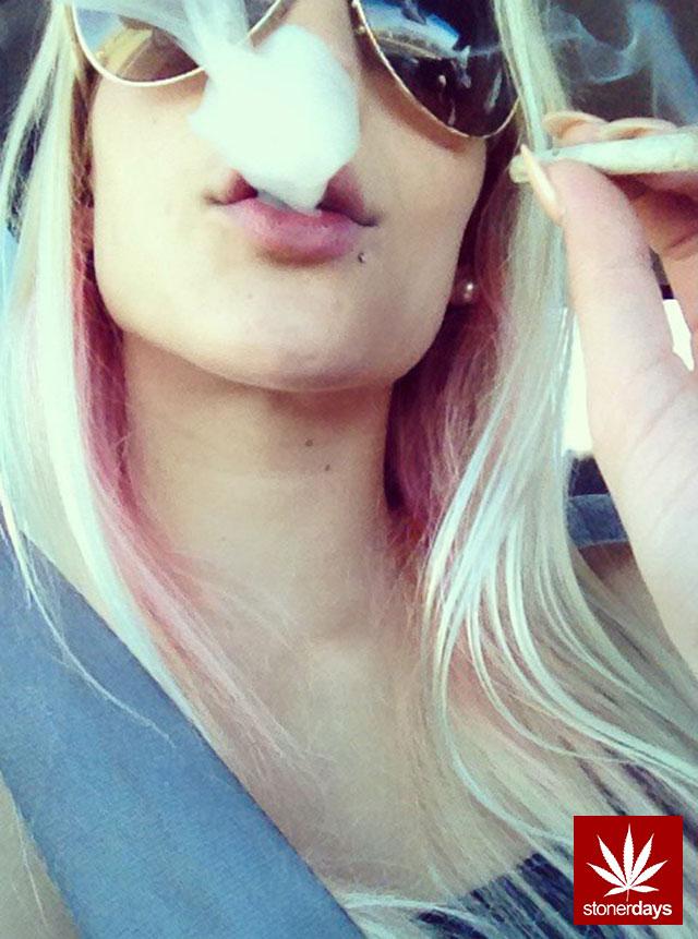 Marijuana-sexy-stoner-x3kirsten-(3)