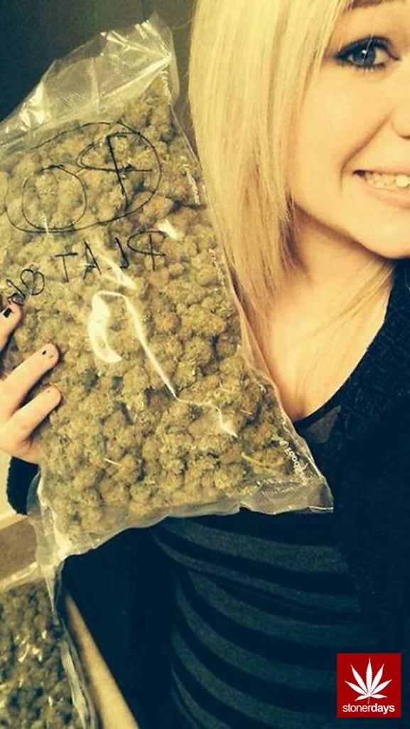 marijuana-stonerdays-420-sexy-pot-(66)