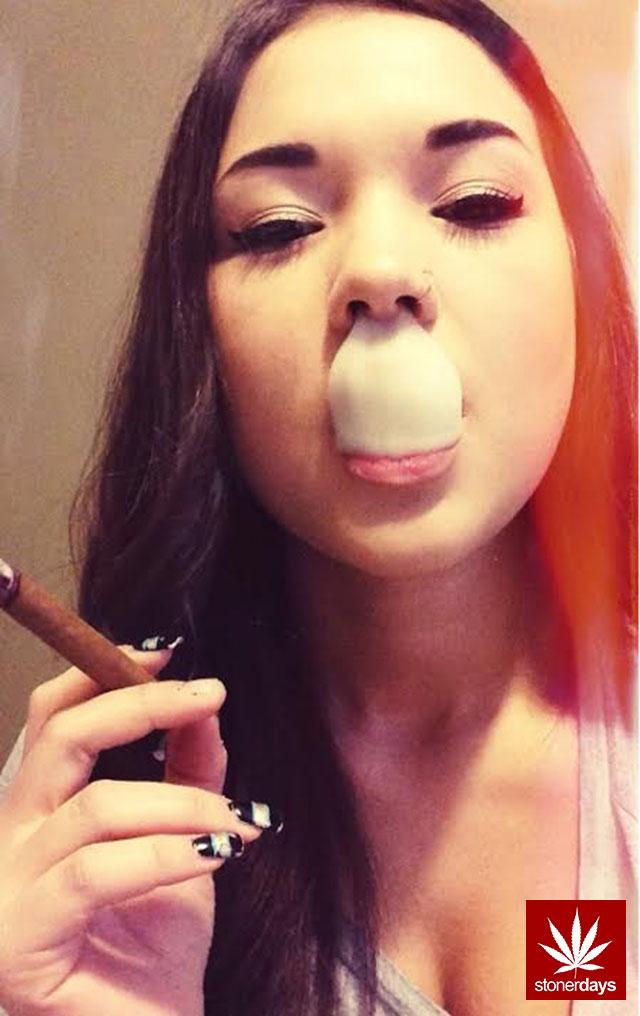 stonerdays-marijuana-baked-joints-blunts-sexy-(101)