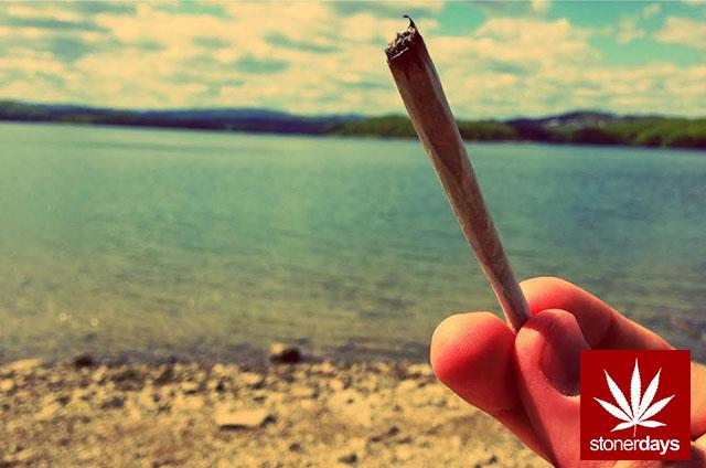 stonerdays-marijuana-baked-joints-blunts-sexy-(104)