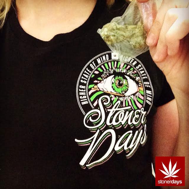 stonerdays-marijuana-baked-joints-blunts-sexy-(118)