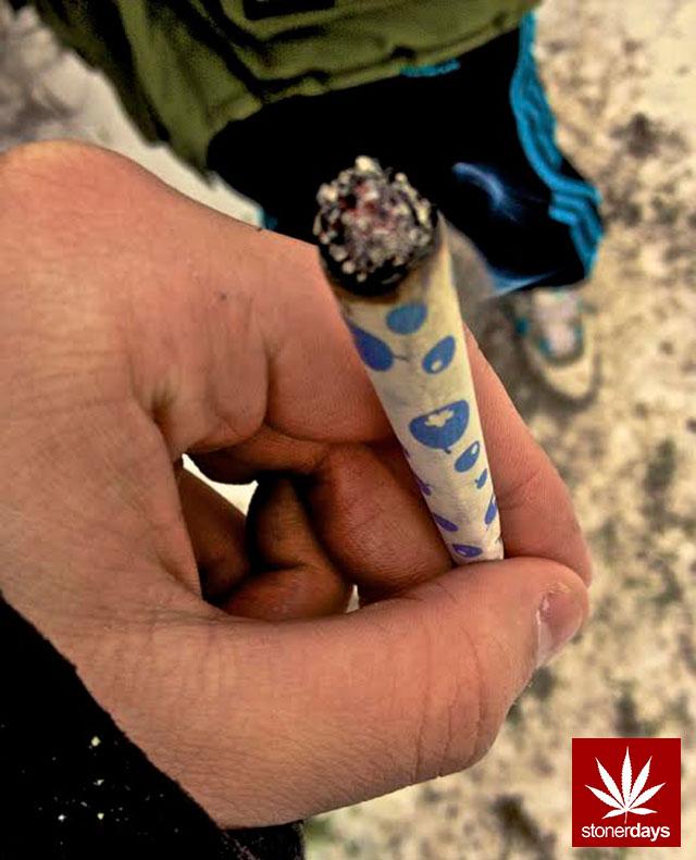 stonerdays-marijuana-baked-joints-blunts-sexy-(120)