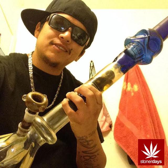 stonerdays-marijuana-baked-joints-blunts-sexy-(126)