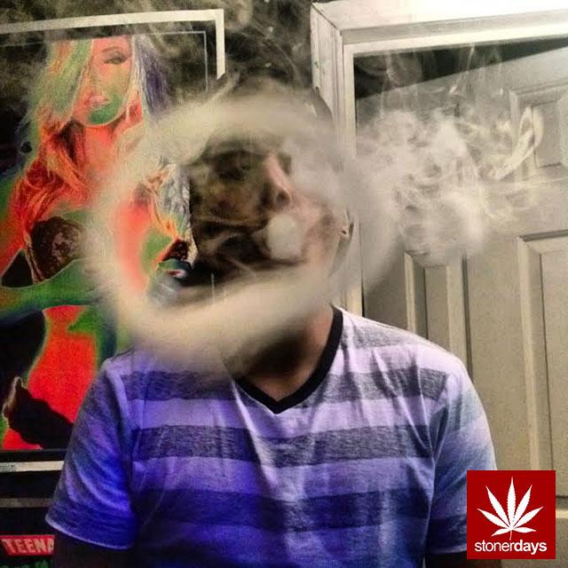 stonerdays-marijuana-baked-joints-blunts-sexy-(147)