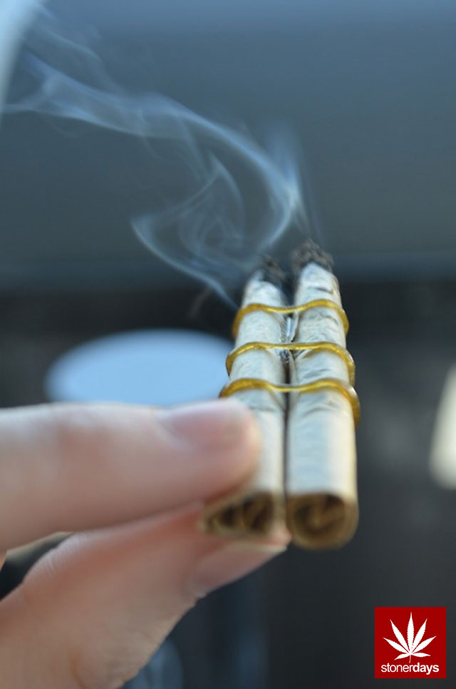 stonerdays-marijuana-baked-joints-blunts-sexy-(152)