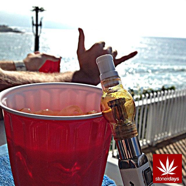 stonerdays-marijuana-baked-joints-blunts-sexy-(16)