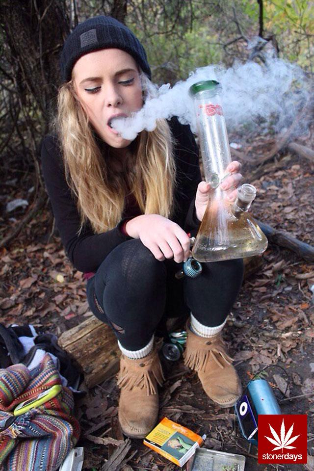 stonerdays-marijuana-baked-joints-blunts-sexy-(165)