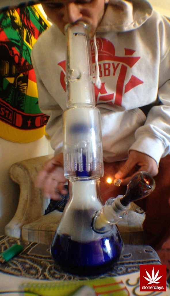 stonerdays-marijuana-baked-joints-blunts-sexy-(3)