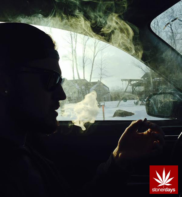 stonerdays-marijuana-baked-joints-blunts-sexy-(35)