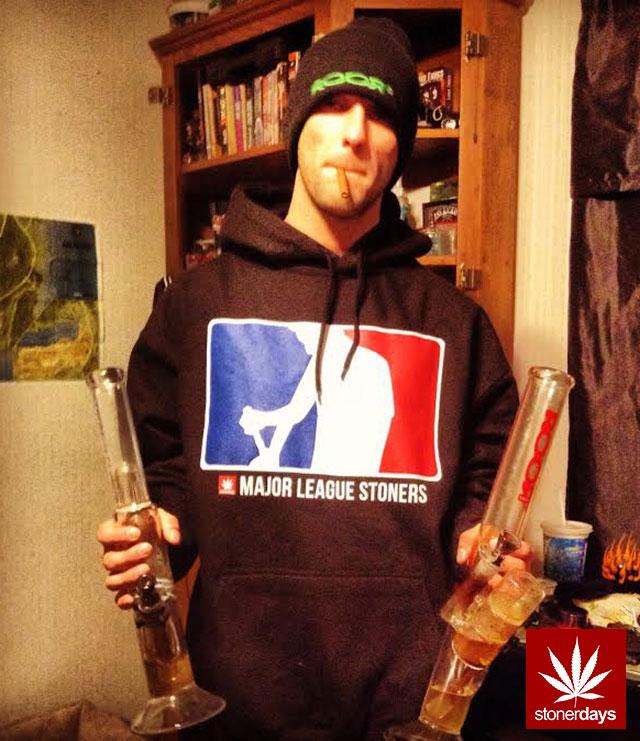 stonerdays-marijuana-baked-joints-blunts-sexy-(46)