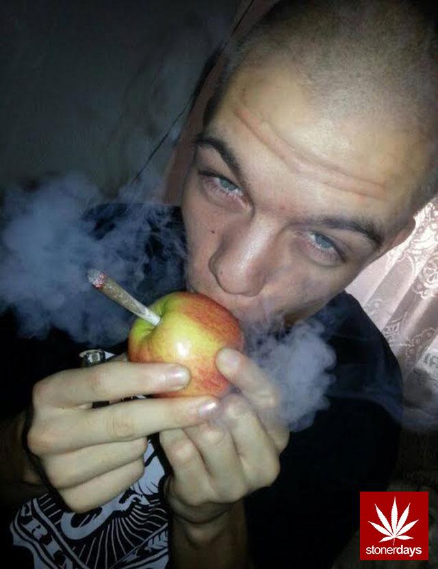 stonerdays-marijuana-baked-joints-blunts-sexy-(75)