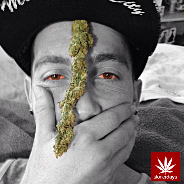 stonerdays-marijuana-baked-joints-blunts-sexy-(9)