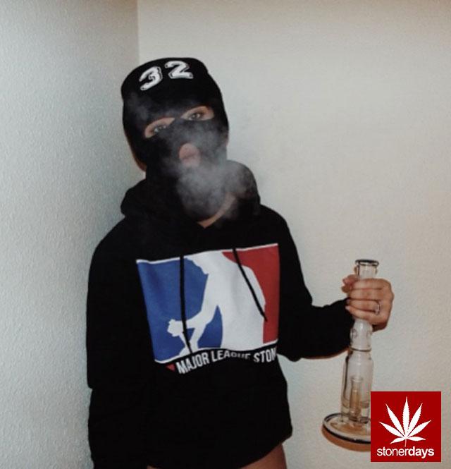 stoners marijuana pot weed stoned sexy stoner (1)