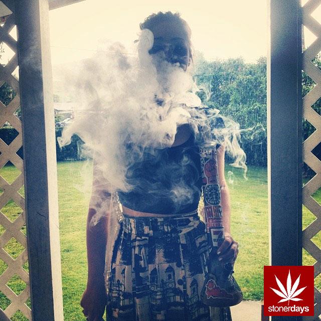 stoners marijuana pot weed stoned sexy stoner (146)
