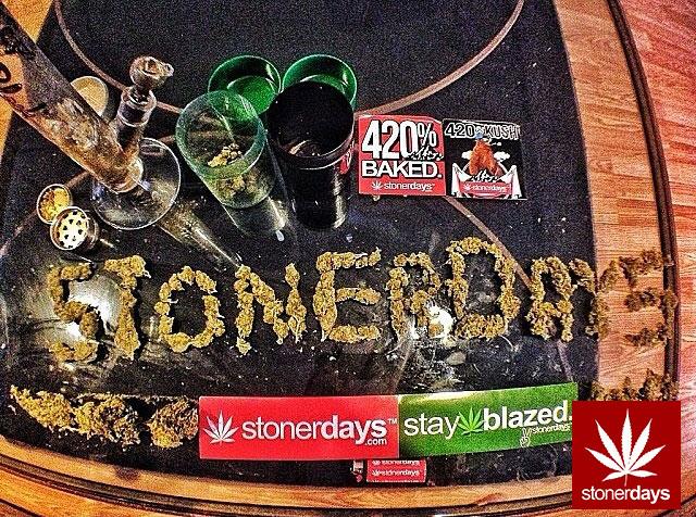 stoners marijuana pot weed stoned sexy stoner (170)