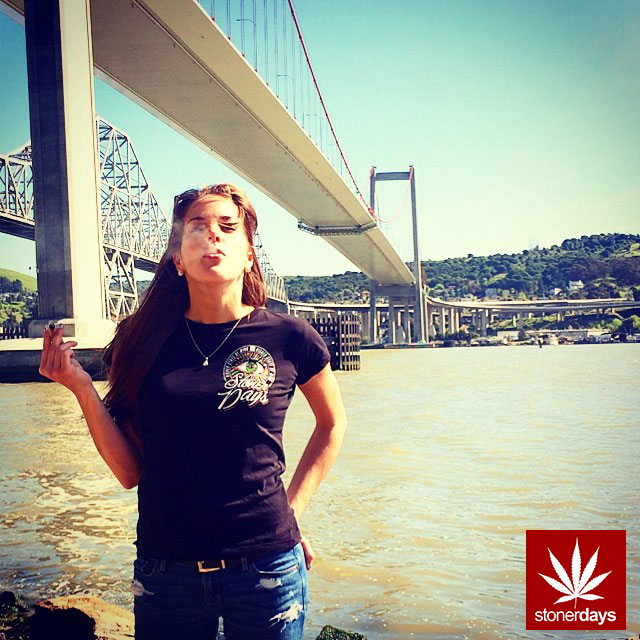 stoners marijuana pot weed stoned sexy stoner (176)