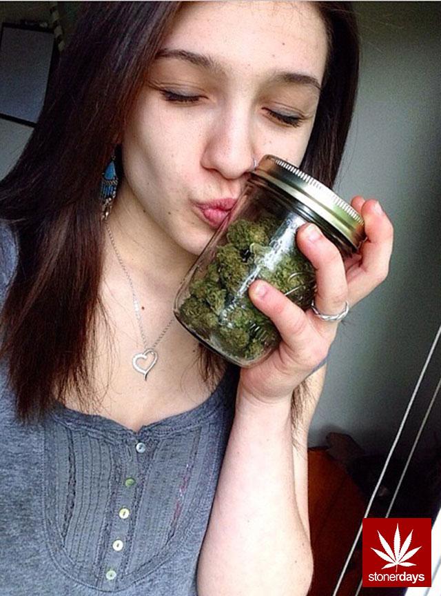 stoners marijuana pot weed stoned sexy stoner (275)