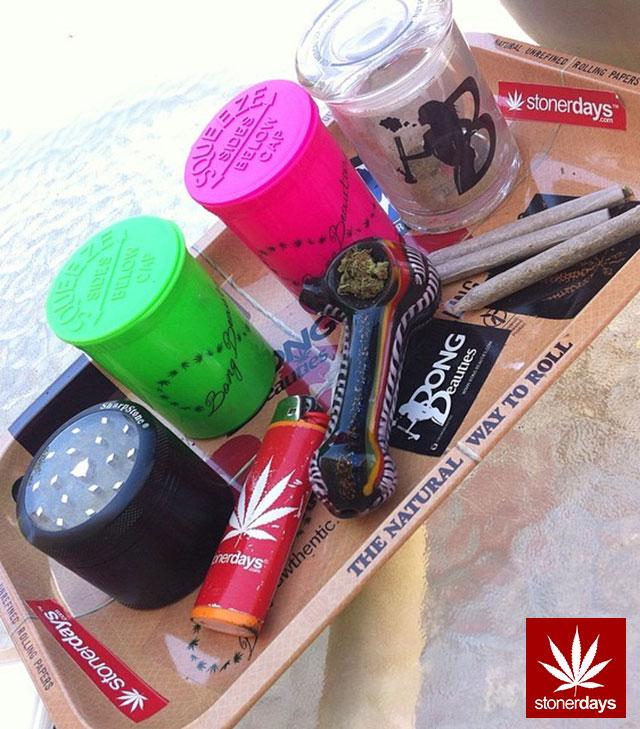 stoners marijuana pot weed stoned sexy stoner (349)