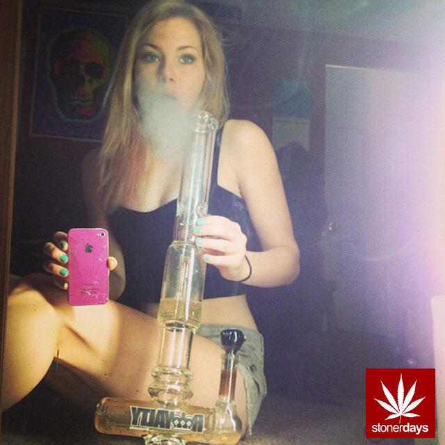 stoners marijuana pot weed stoned sexy stoner (4)