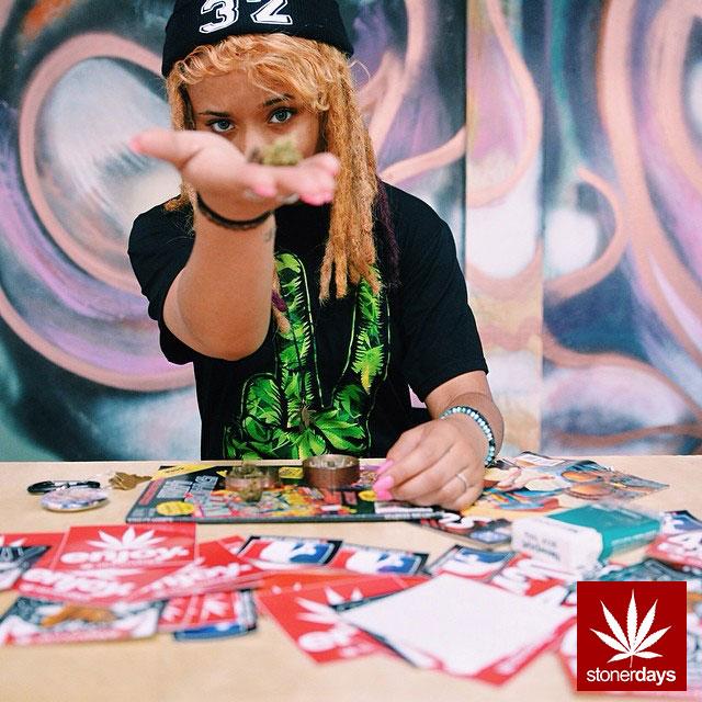 stoners marijuana pot weed stoned sexy stoner (40)