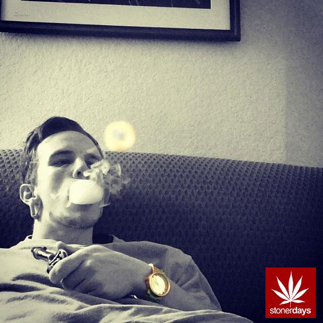 stoners marijuana pot weed stoned sexy stoner (87)