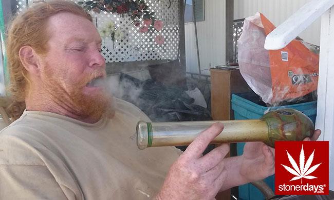 blunts-bongs-marijuana-pot-stonerdays (311)