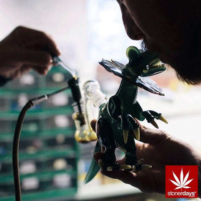 blunts-bongs-marijuana-pot-stonerdays (368)