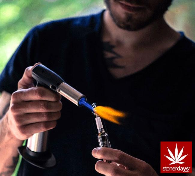 blunts-bongs-marijuana-pot-stonerdays (389)