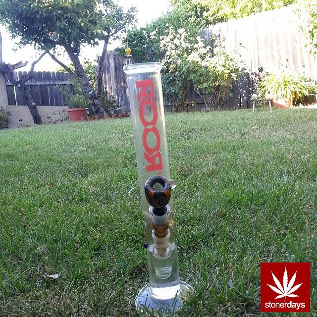 stonerdays-stayblazed-marijuana-pipes-joints-blunts-weed (107)