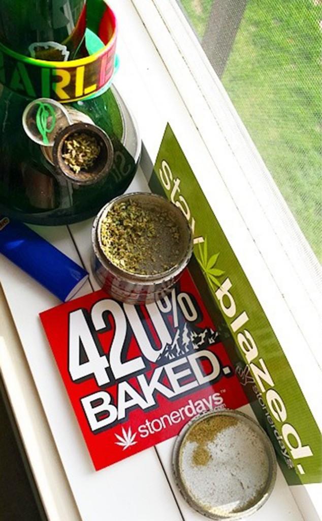 stonerdays-stayblazed-marijuana-pipes-joints-blunts-weed (110)