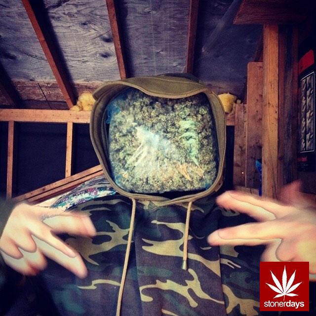 stonerdays-stayblazed-marijuana-pipes-joints-blunts-weed (117)